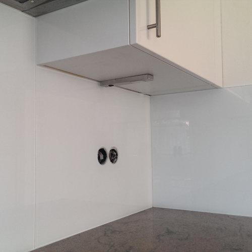 Emejing Glas Küchenrückwand Fliesenspiegel Ideas - Ridgewayng ...